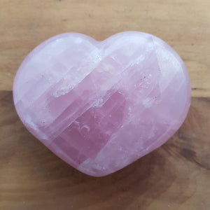 Rose Quartz Heart (approx. 8.5x10.5x3.5cm)