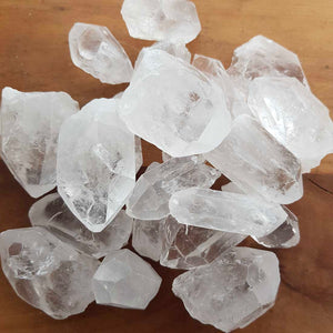 Clear Quartz Natural Point (assorted. approx. 3x2x1.5cm)