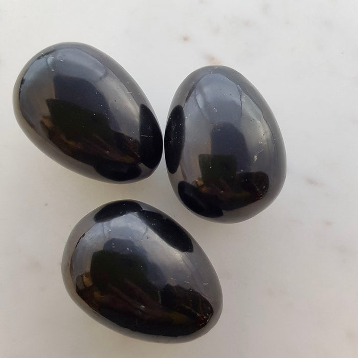 Shungite Egg (assorted. approx. 5x3.5cm))