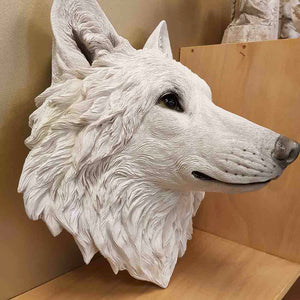 White Wolfs Head for Mounting on Wal