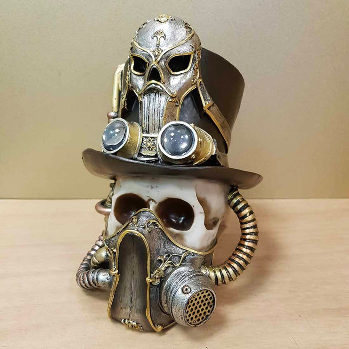 Steampunk SKull with Mask (approx. 18.5x17cm)