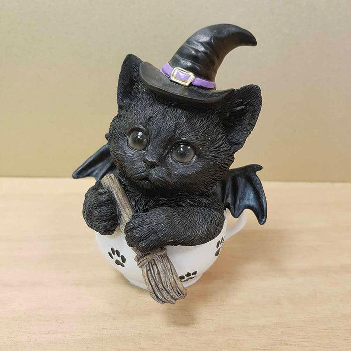 Black Cat Witch Brew (approx. 12x10x8cm)