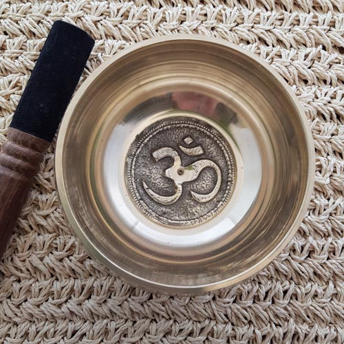 Singing Bowl with Om Symbol Inside (approx. 12cm diameter)