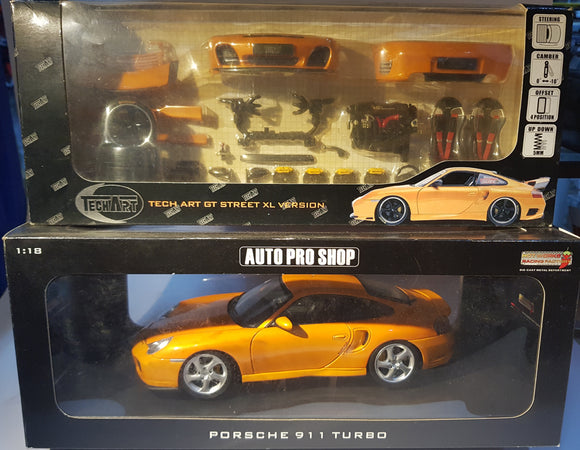 1:18 HotWorks Porsche 911 Turbo - Orange