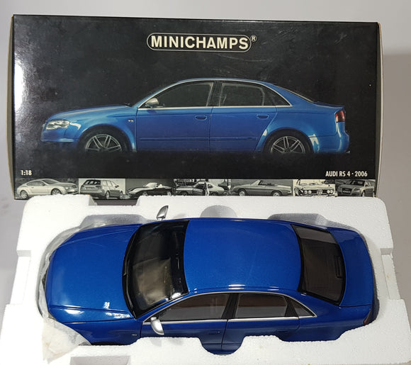 1:18 Minichamps Audi RS4 - Blue Metallic