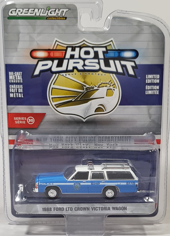 1:64 Greenlight Ford Ltd Crown Victoria Wagon