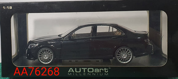 1:18 Autoart Mercedes Benz C63 AMG w Leather Seats - Black