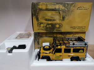 1:18 Almost Real Land Rover Defender 110 (Camel Trophy Edition)