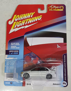 1:64 Johnny Lightning Mitsubishi Lancer Evolution Silver