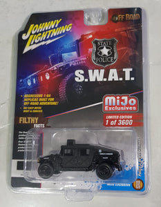 1:64 Johnny Lightning Police SWAT Humvee