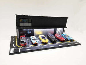 1:64 Diorama Garage Front with Parking lots