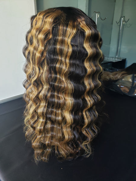 20 Inch Highlighted Brazilian Lacefront