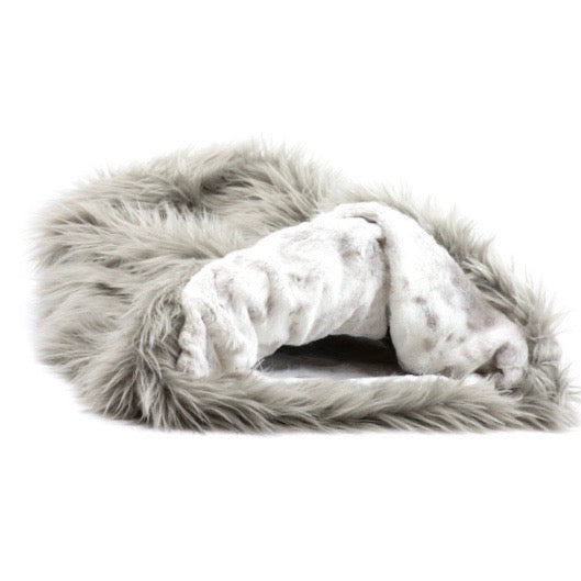 cuddle cup - taupe shag with platinum snow