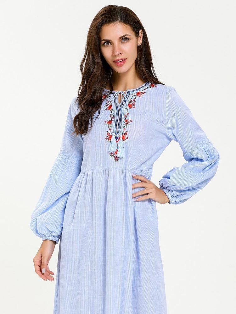Fashion long-sleeved ruffled ethnic embroidered dress_1556016869.jpg