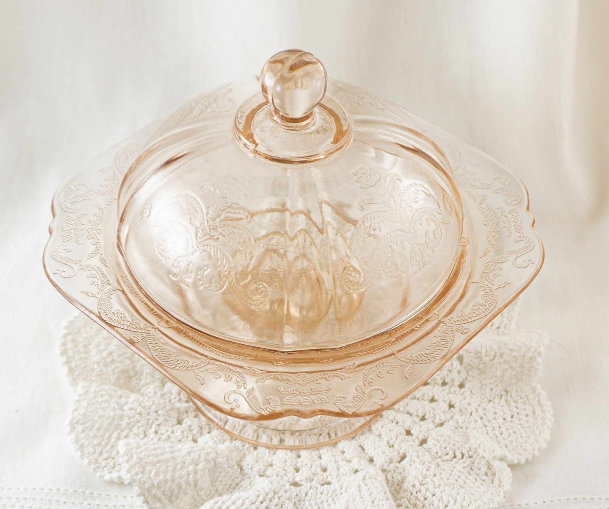 Footed Covered Candy Dish in Recollection Pink by INDIANA GLASS