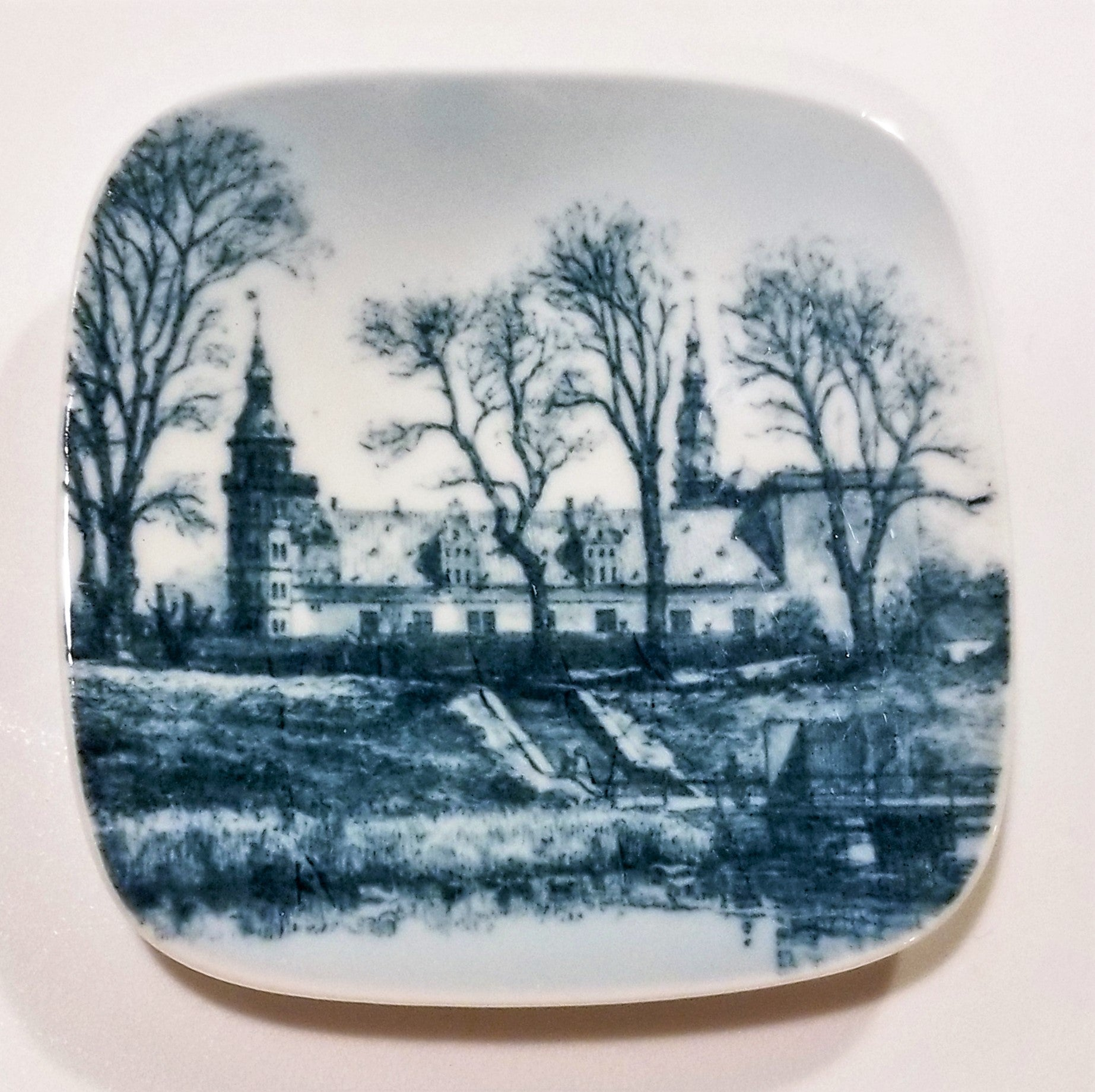 Vintage Bing and Grondahl Porcelain Plaquette Gefon Fountain Giftware 9702/708