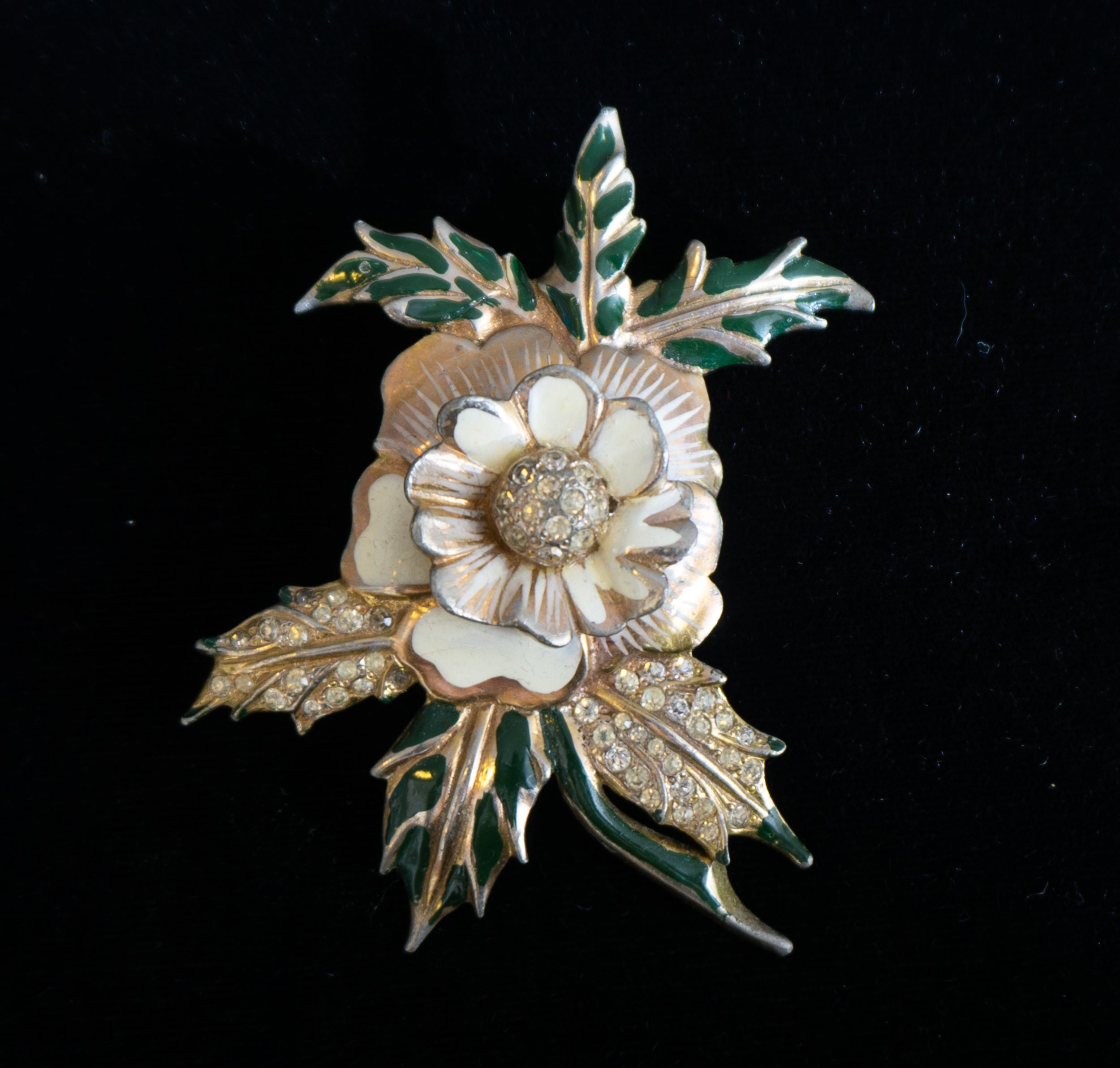 Early Deja Floral Rhinestone and Enamel Fur Clip Brooch Gorgeous Signed