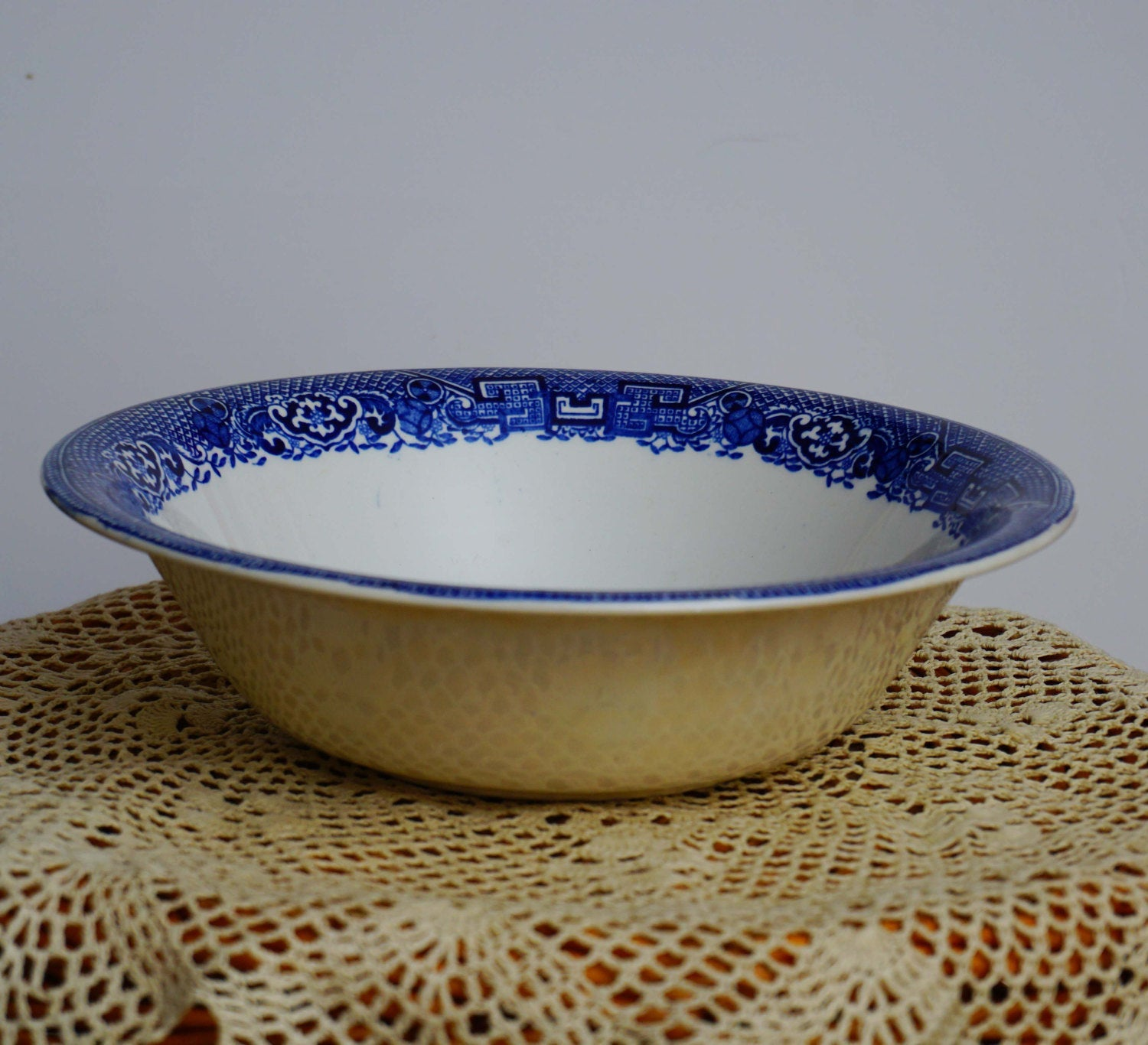 Enoch Woods Ware Vintage Blue Willow Large Serving Bowl Wood and Sons England