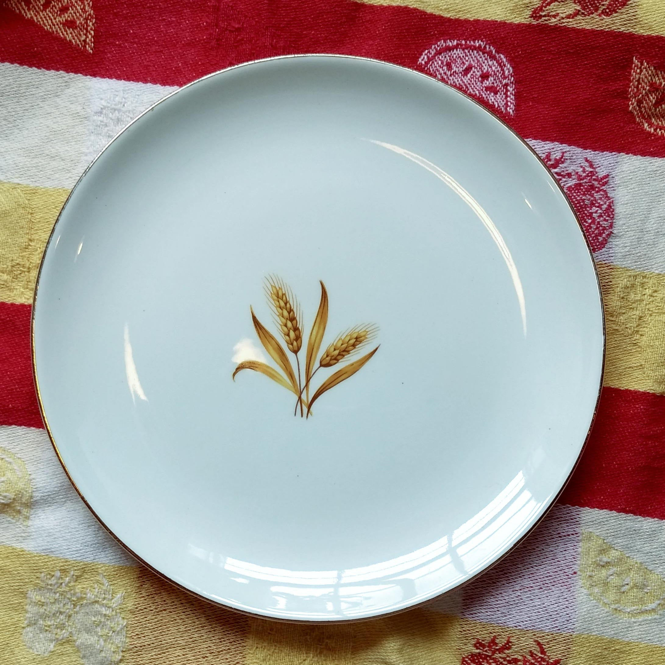 Vintage Discontinued Mid Century MCM Homer Laughlin Golden Wheat Bread and Butter Plate