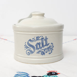 Discontinued Pfaltzgraff Yorktowne Salt Box and Lid