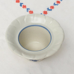 Discontinued Beige Blue Stoneware Floral Lite Candle Holder in Yorktowne (USA) by Pfaltzgraff