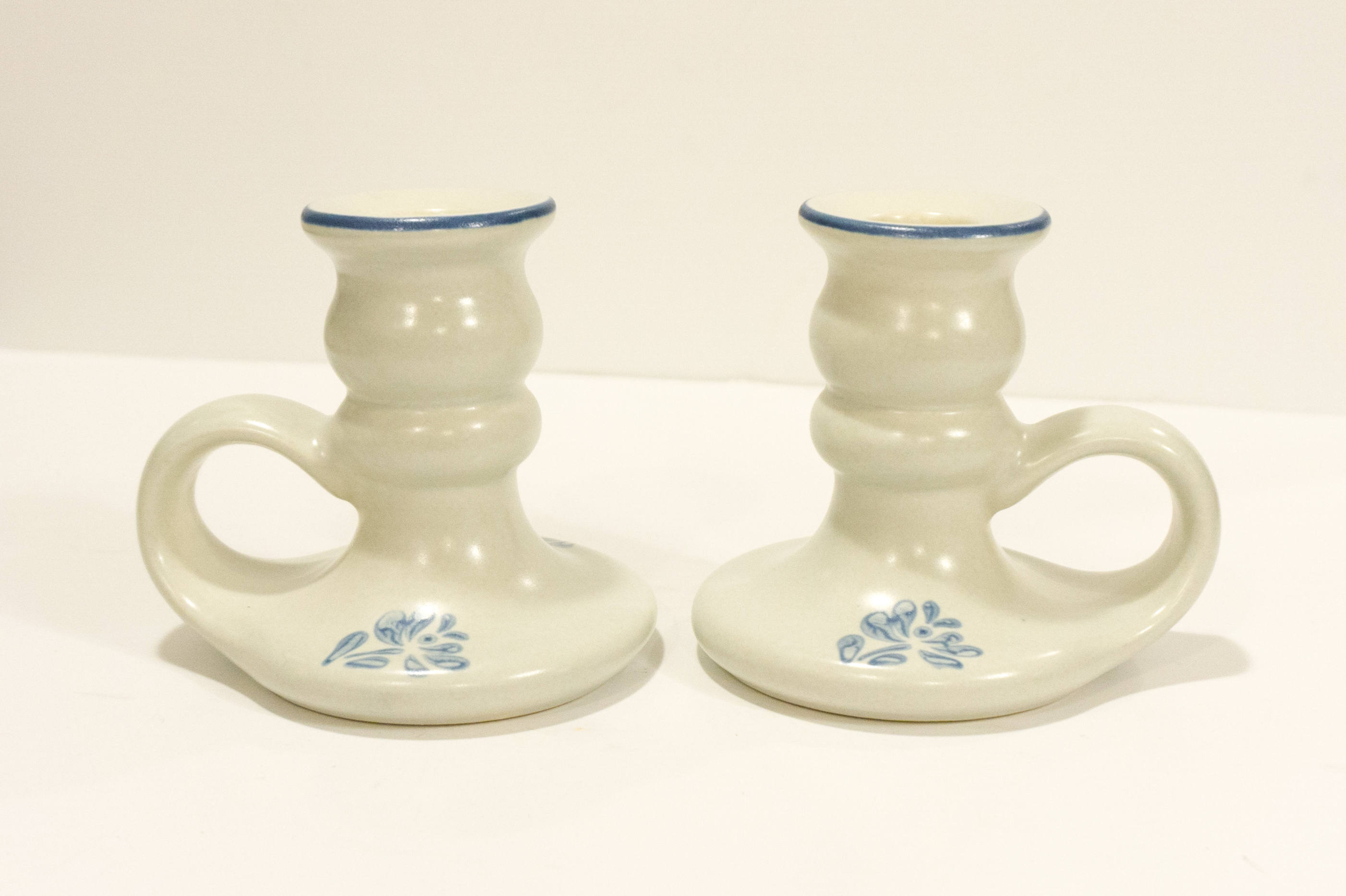 Vintage Pair of Handled Candleholder in Yorktowne (USA) by Pfaltzgraff