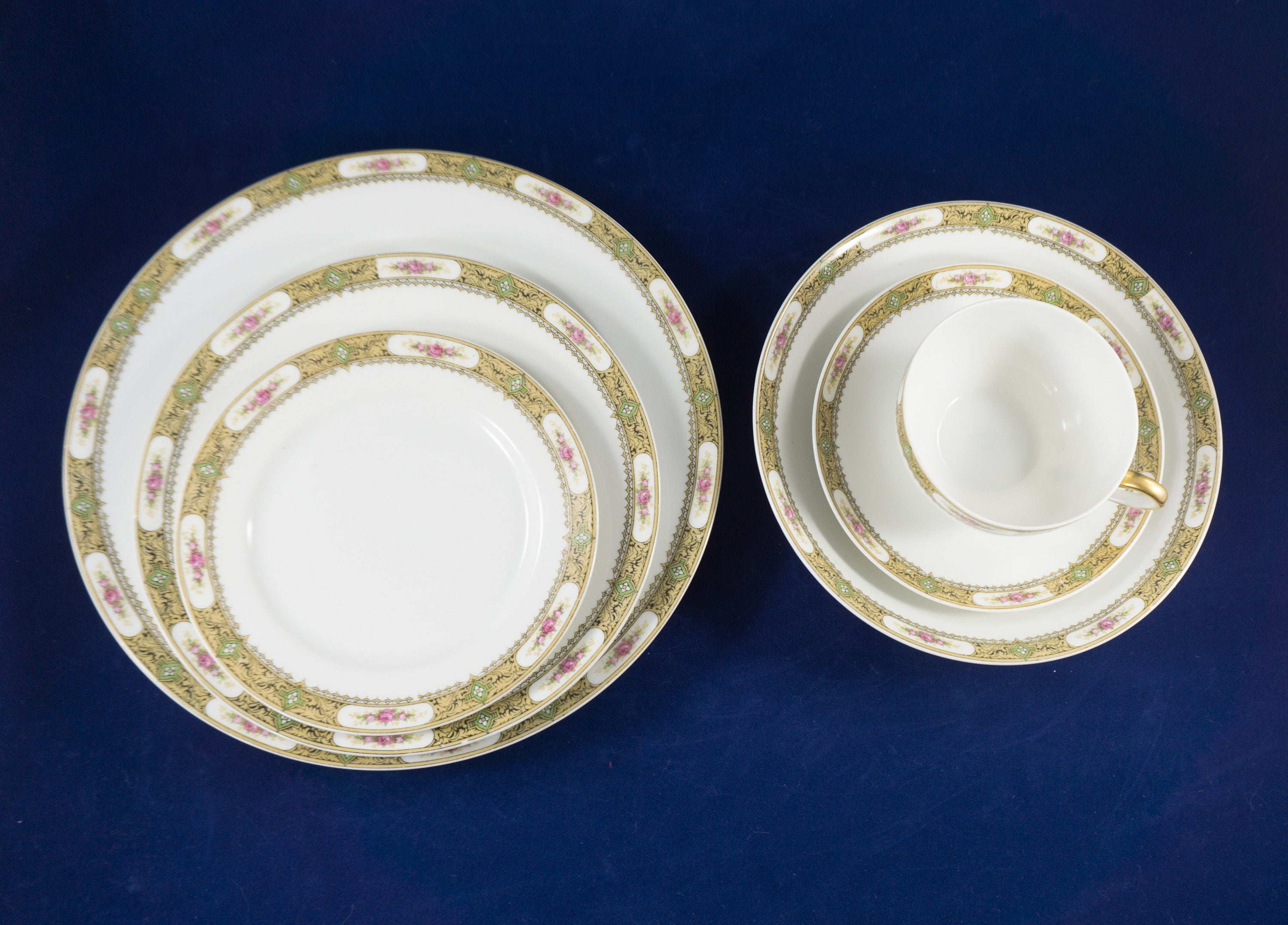 6 Piece Place Setting Vintage Tressemanes and Vogt China from Limoges, France ca 1910
