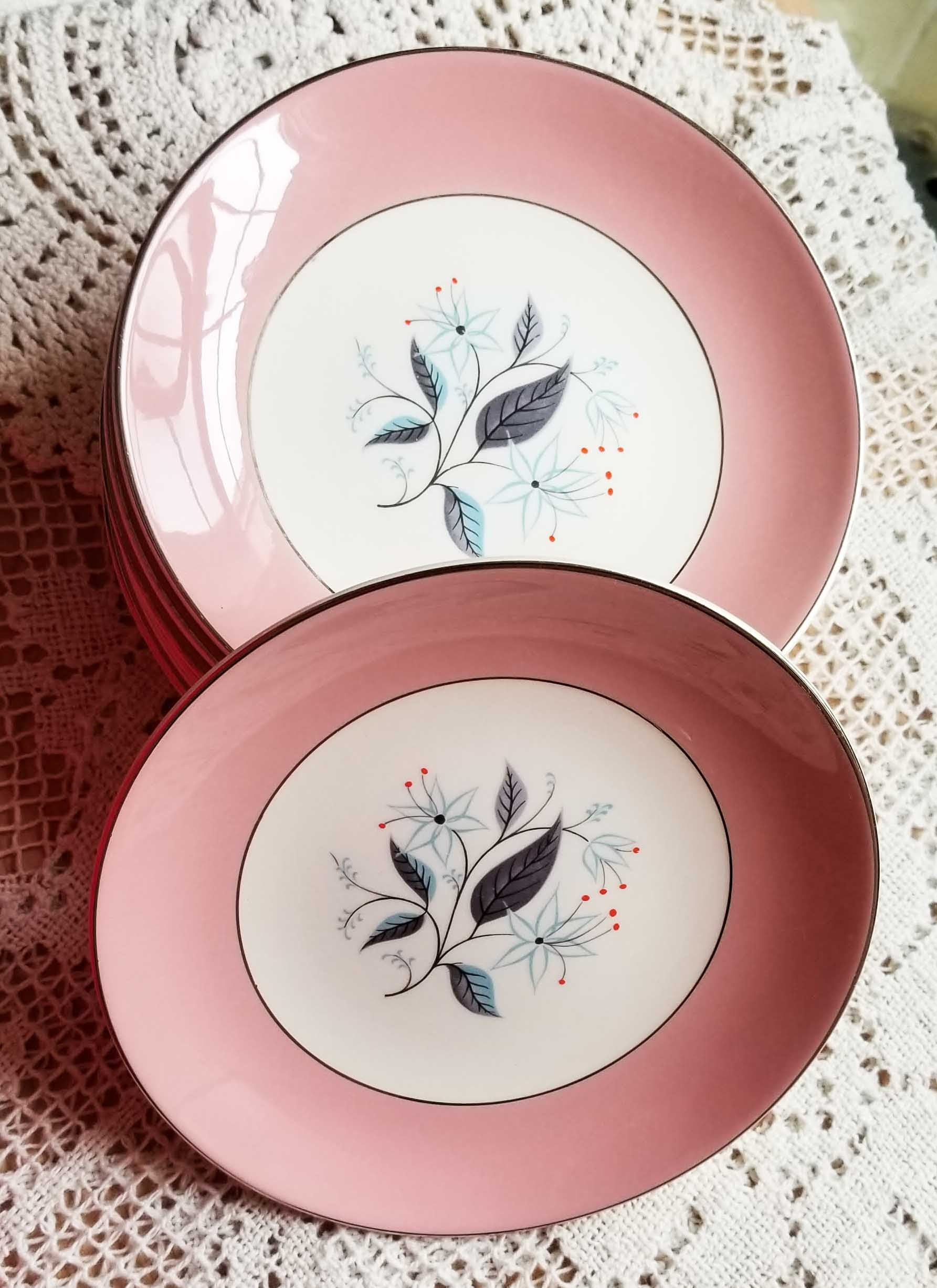 TEN Pieces Vintage Mid Century Pink Edge with Gray and Blue Foliage Bread & Butter and Dinner Plate Platter HLS301 by HOMER LAUGHLIN