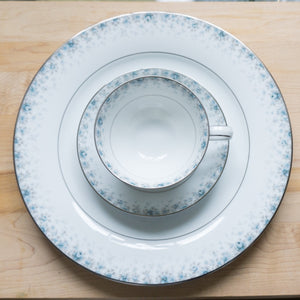 Kathleen by NORITAKE Four Vintage 10.5 Inch Dinner Plates and Footed Cups and Saucers in
