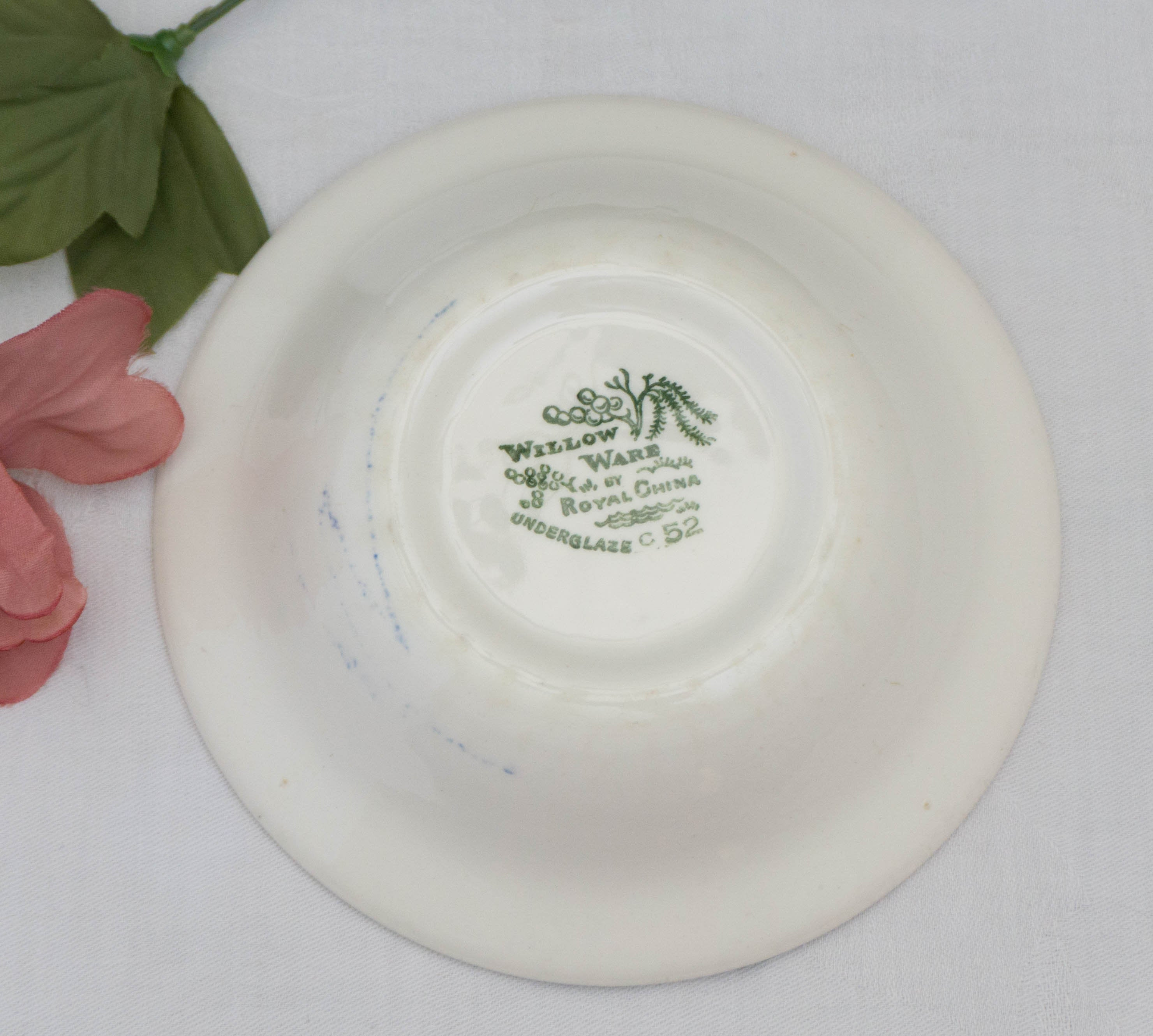 Vintage Fruit/Dessert (Sauce) Bowl Blue Willow by ROYAL (USA)