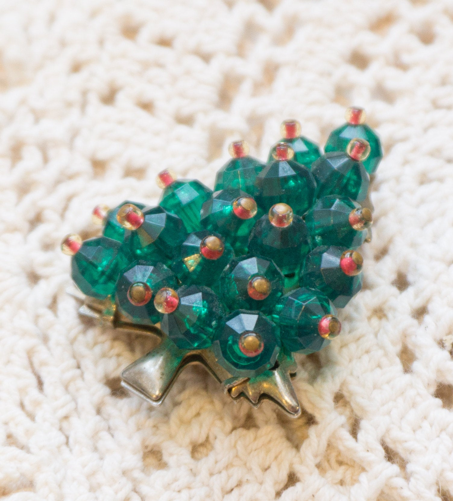 Vintage Faceted Glass Bead Christmas Holiday Tree Brooch Pin