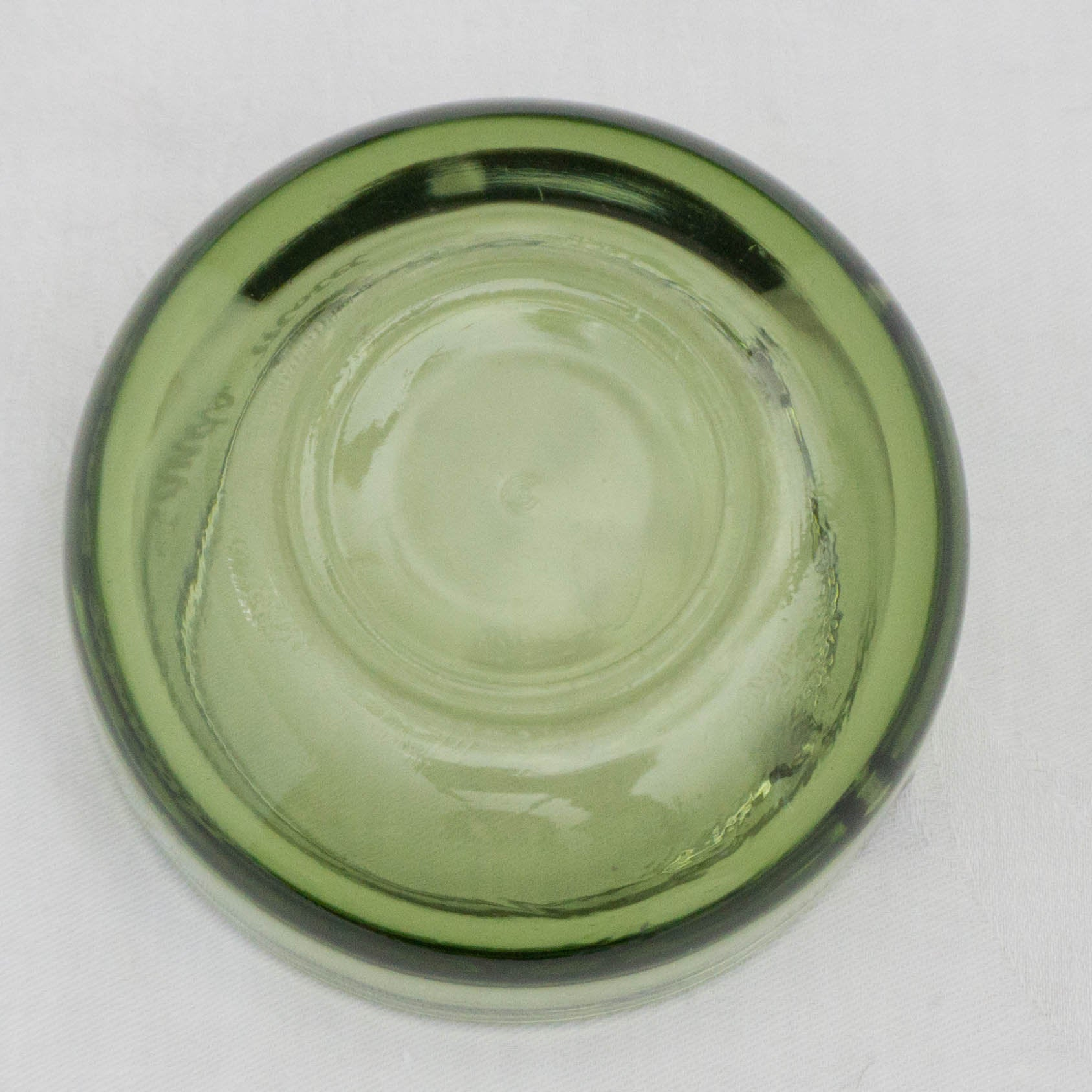 Green Glass Advertising Ashtray Atlantic Sands Motel New Hampshire