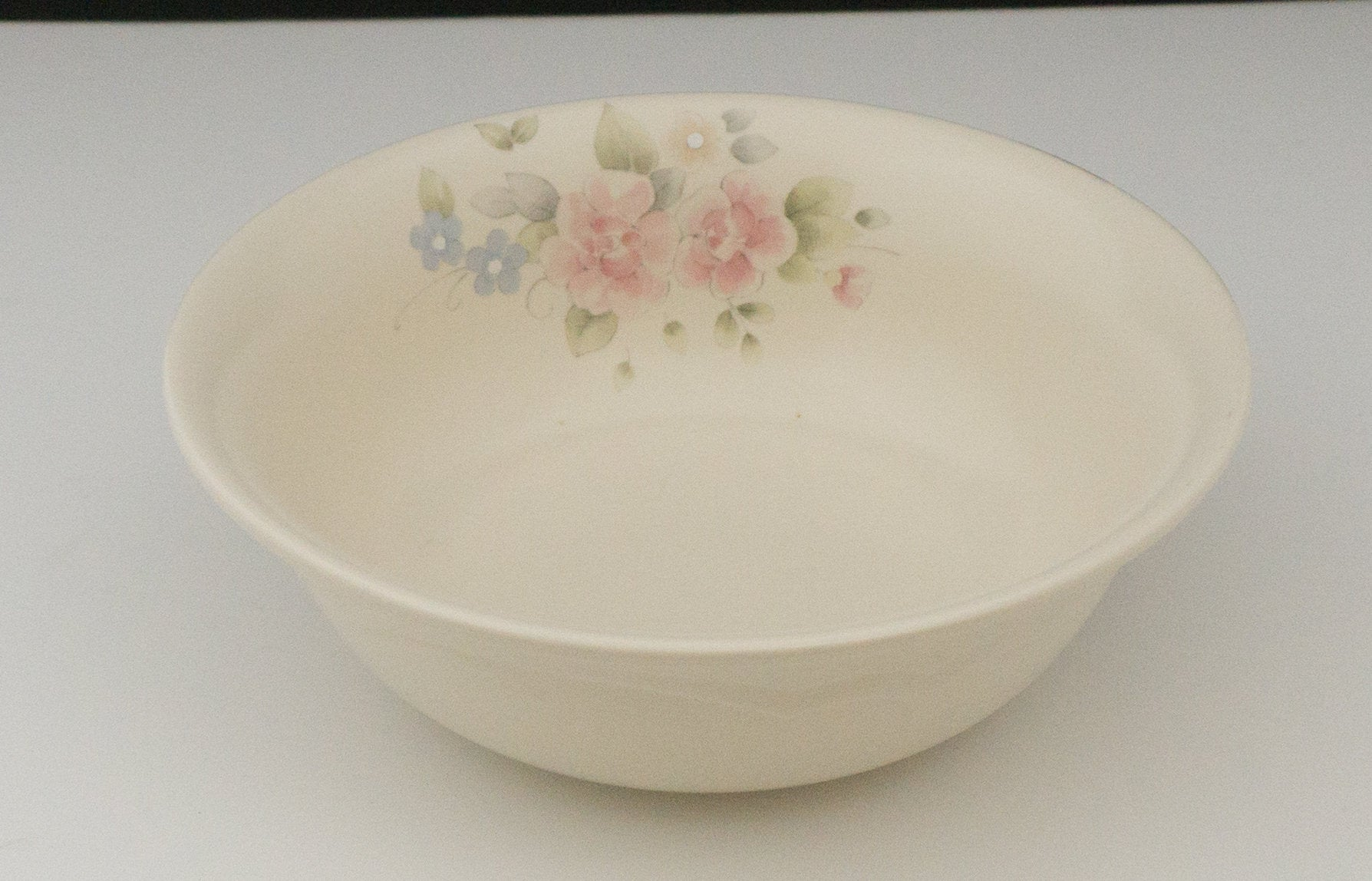 "Vintage Discontinued Retired 8"" Round Vegetable Bowl Tea Rose by PFALTZGRAFF"
