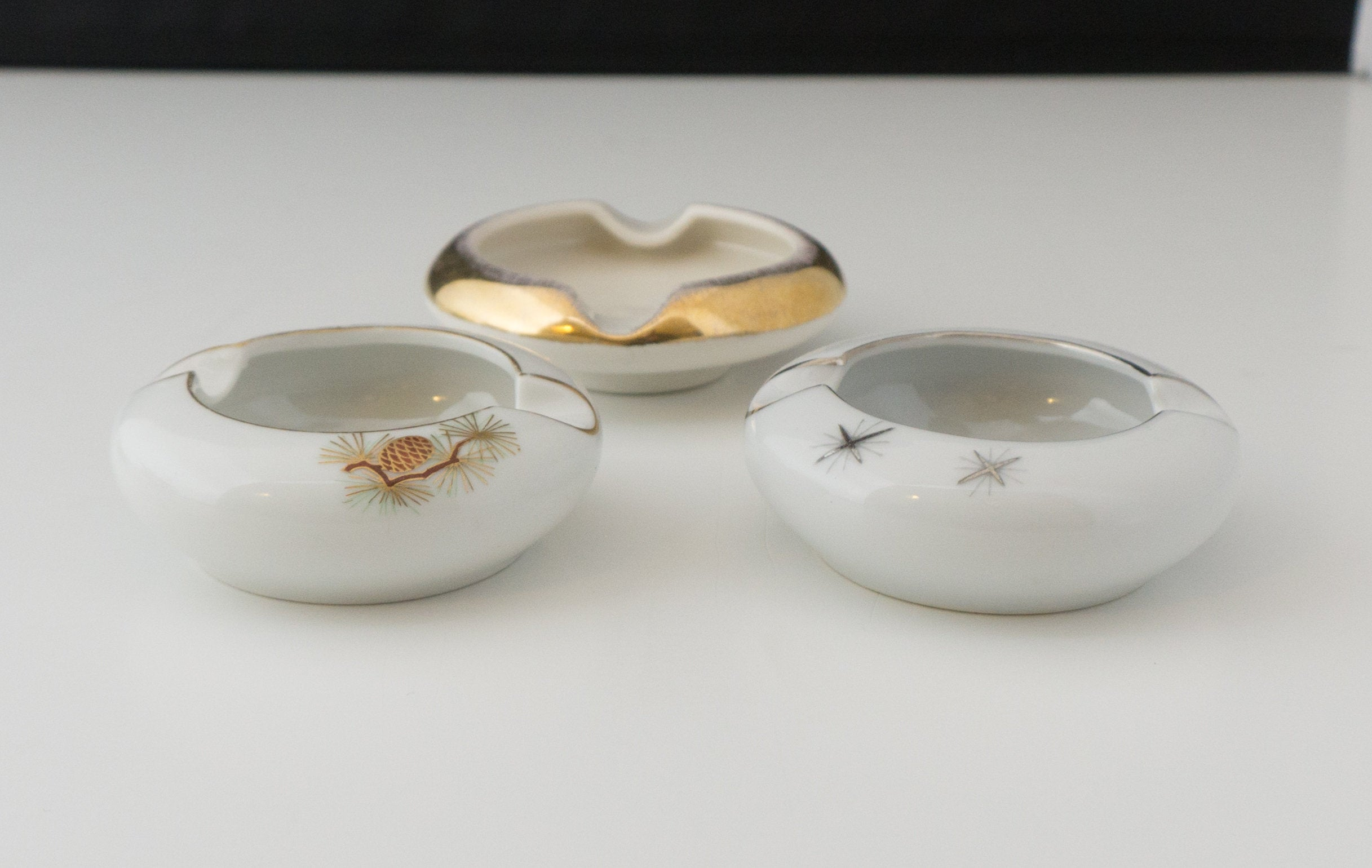 Collection of SIX White Fine China Fukagawa Japanese Mid Century Modern Personal Ashtrays