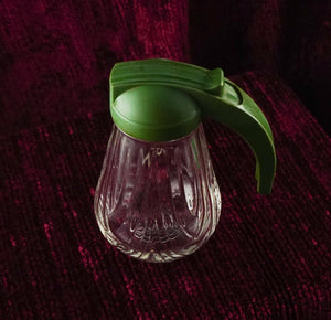 Restaurant Style Syrup Pitcher with Green Lid from Federal Tool Corp, Chicago ca 1940
