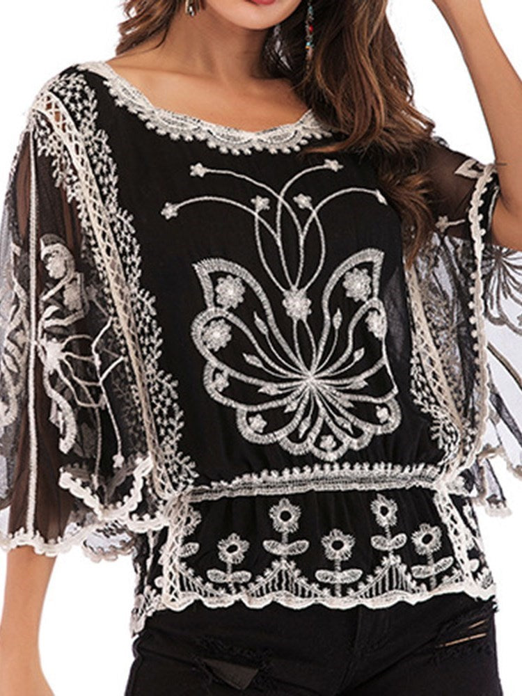 Round Neck Embroidery Floral Standard Three-Quarter Sleeve Blouse