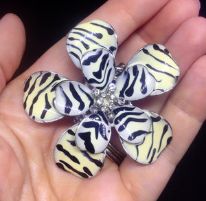 Contemporary Zebra Flower Ring