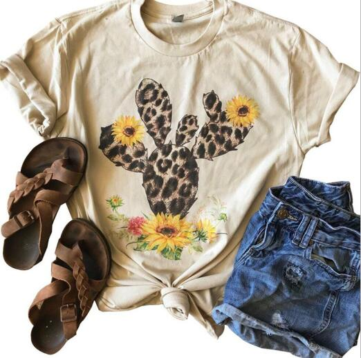 Leopardo Nopal: Leopard Cactus Sunflower Power Summer Vibes Graphic Tee