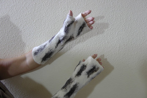 Hand felted fingerless mittens
