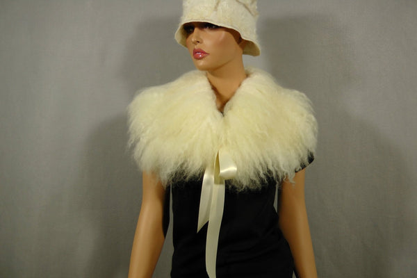 SALE Felted collar Boa Off white Felted Scarf Long Raw Wool Undyed Fur Neck Warmer Collar OOAK