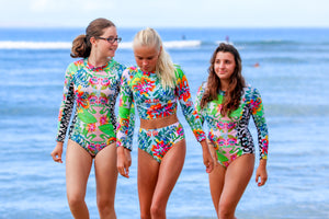 BYM BEACH TWO PIECE RASHGUARD - HIBISCUS BOUQUET-
