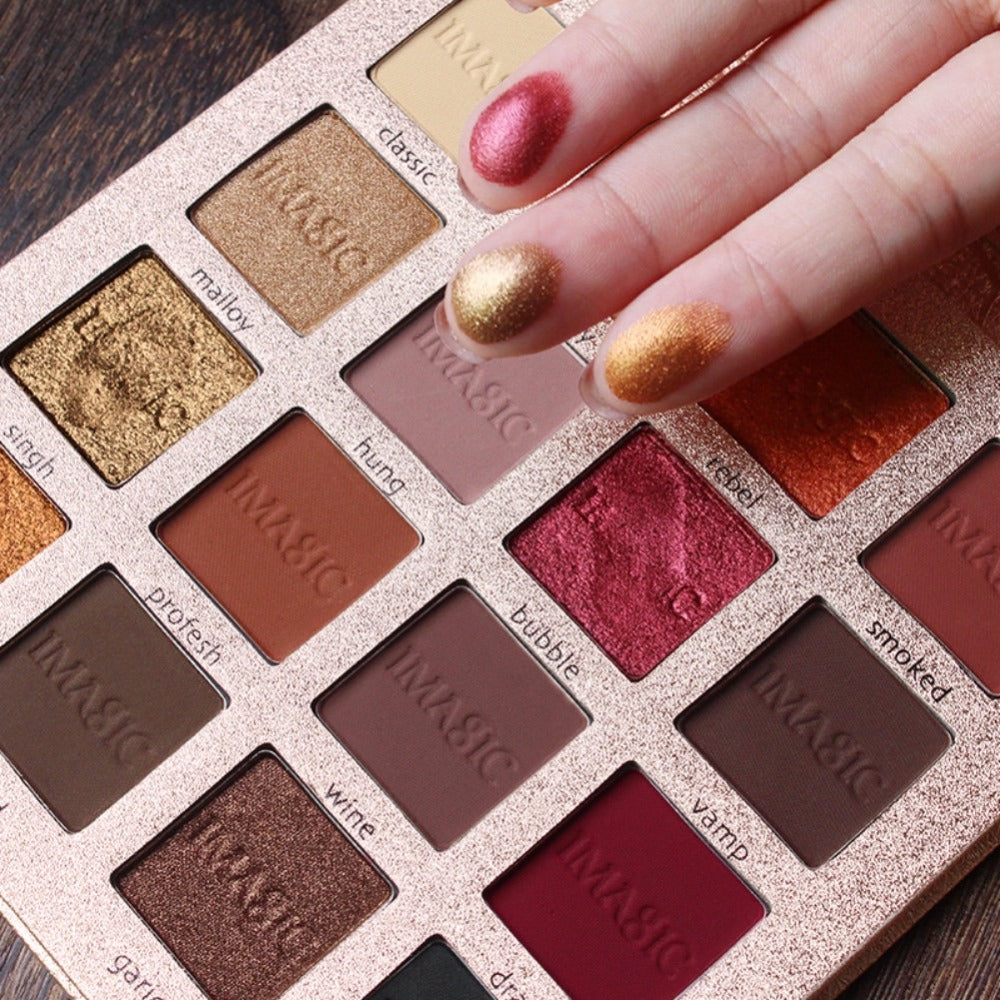 16 Color IMAGIC Charming Eyeshadow Palette