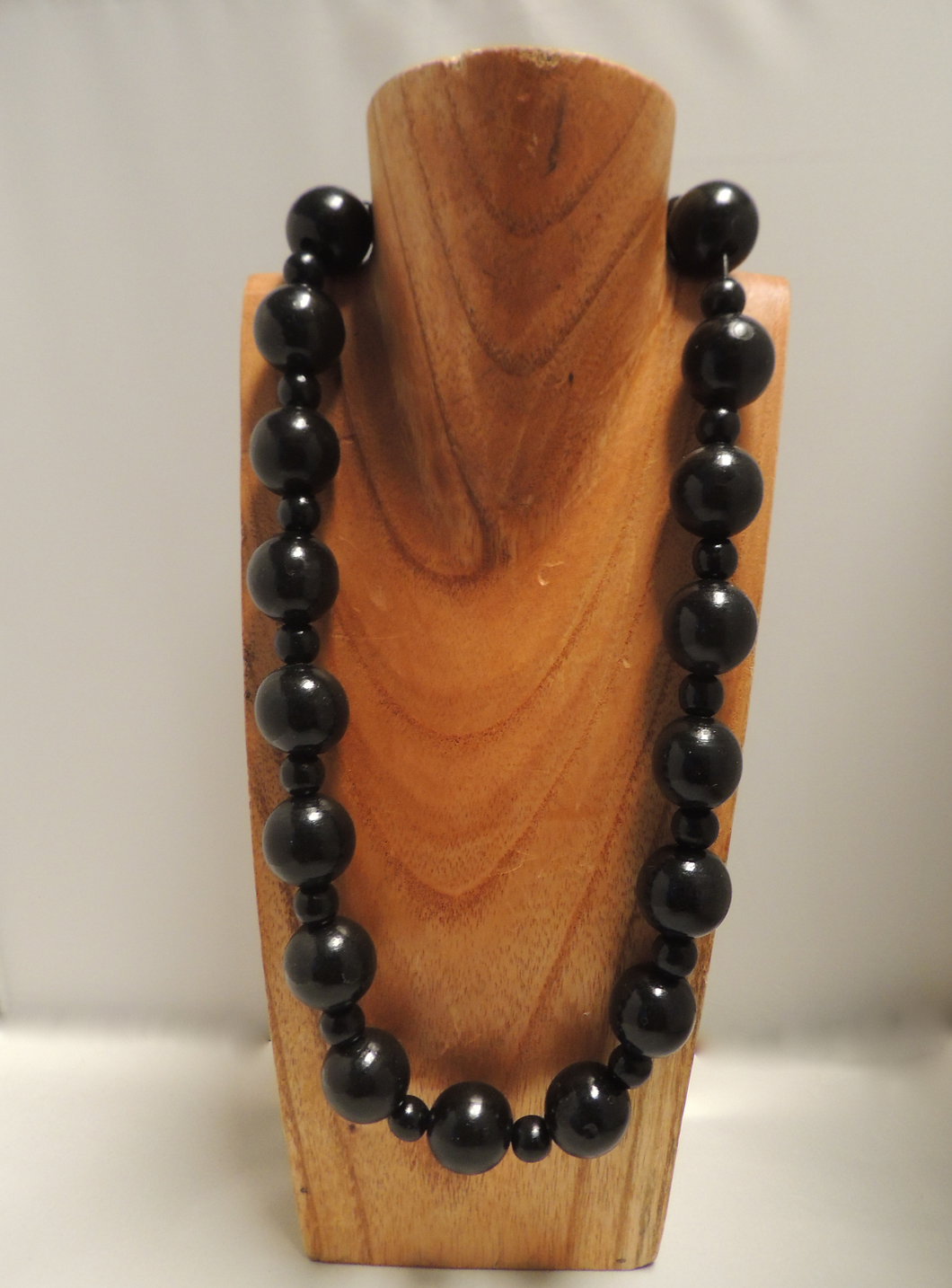 Ebony Alternating Bead Necklace
