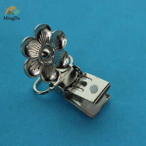 Flower Design Suspender Clip