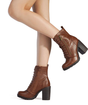 Women's Chunky Heel Ankle Boots- Tan