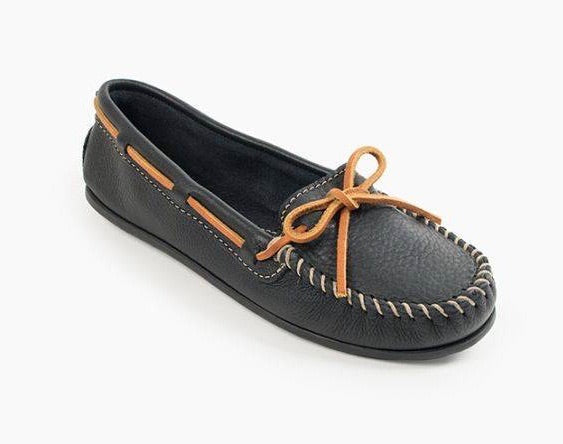 Women's Minnetonka Black Smooth Leather Moccasin