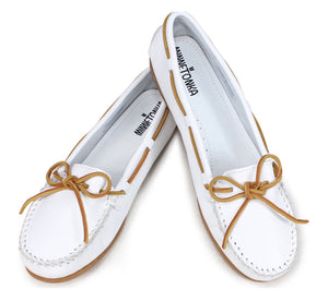 Women's Minnetonka White Smooth Leather Moccasin