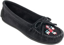 Load image into Gallery viewer, Women's Minnetonka Thunderbird II Black Moccasin