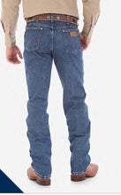 Load image into Gallery viewer, Mens Wrangler Jeans 13MWZGK