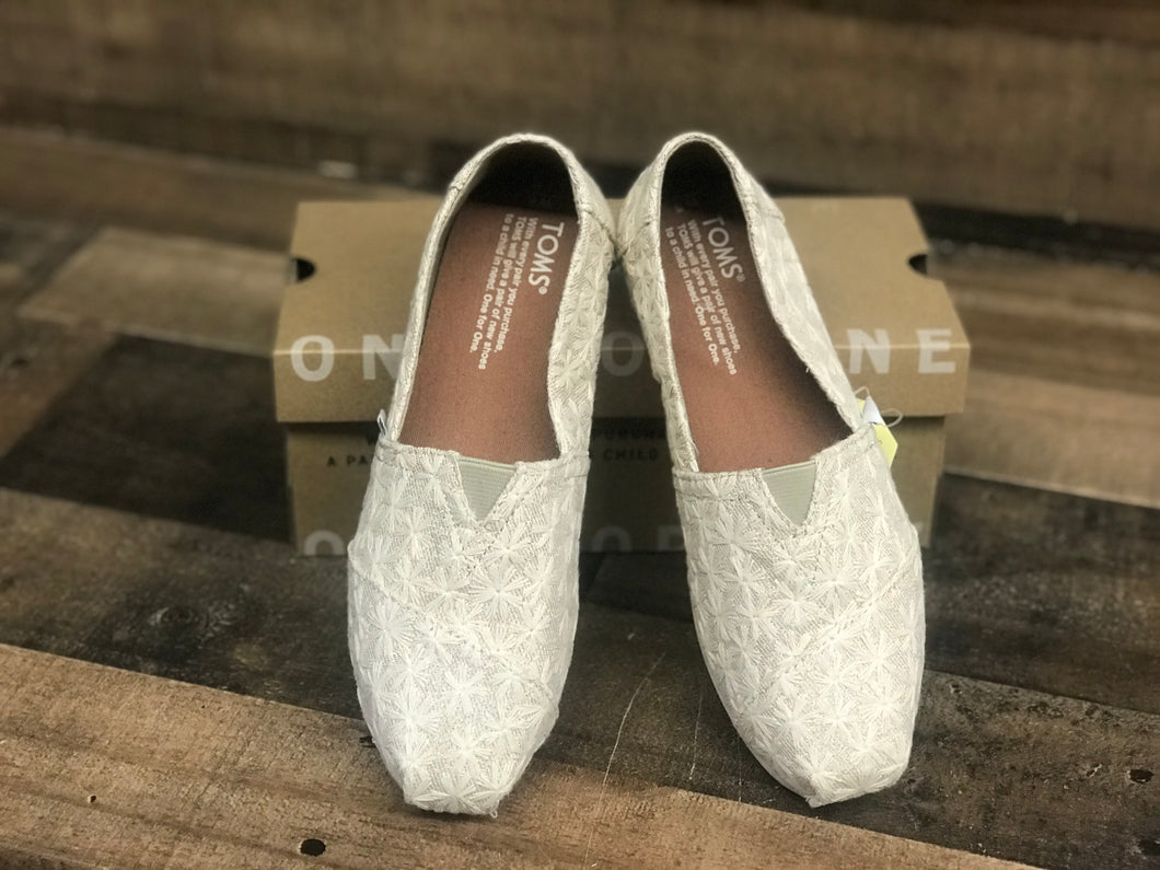 TOMS Classic Natural Daisy